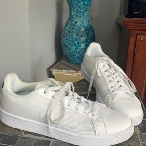 Adidias Cloudfoam Sneakers in White Leather